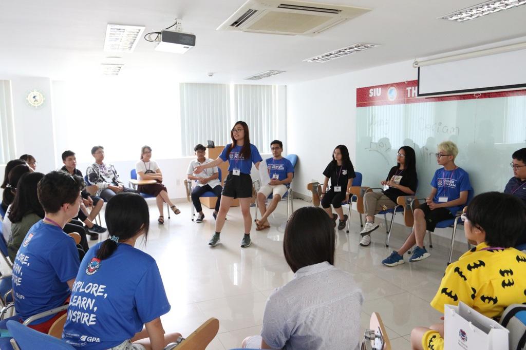 Chọn môi trường trải nghiệm tiếng Anh để tạo sự khác biệt - Ảnh 1.