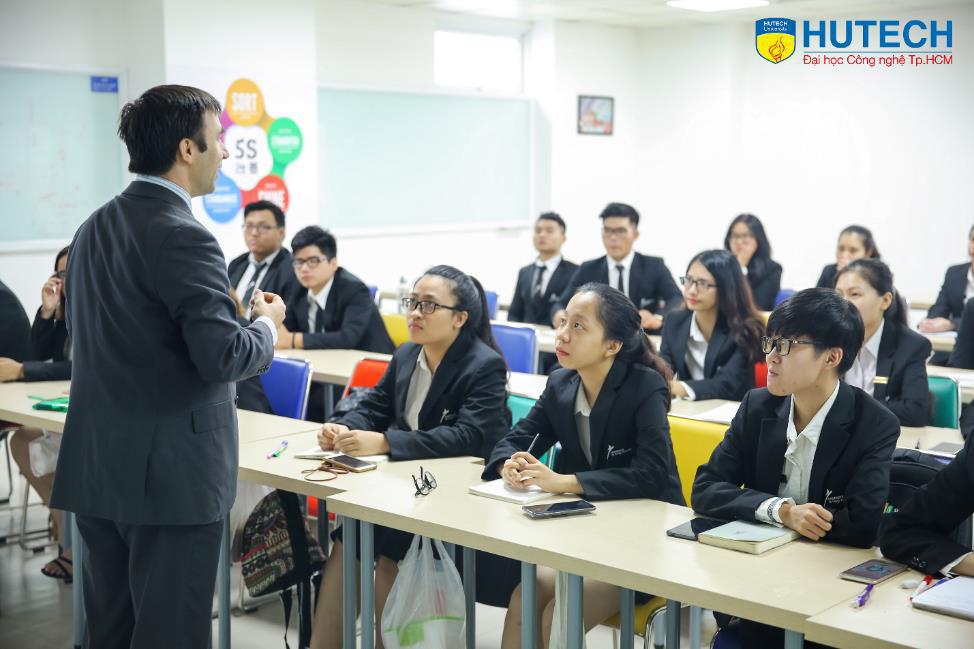 5 lưu ý khi học Cử nhân Quốc tế nhóm ngành Quản trị Nhà hàng - Khách sạn - Ảnh 4.