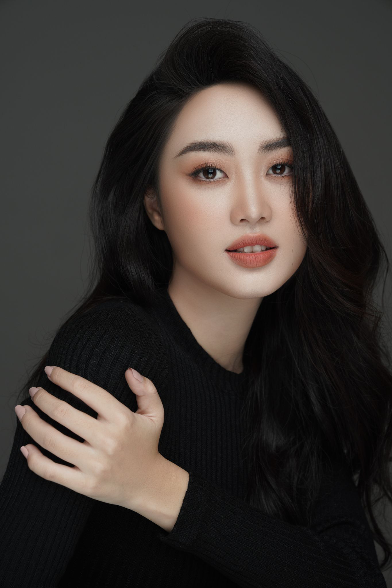 Gặp gỡ cô nàng Gen Z tài năng của Đại học Phương Đông hiện đang là gương mặt nổi bật tại Miss World Việt Nam 2021 - Ảnh 2.