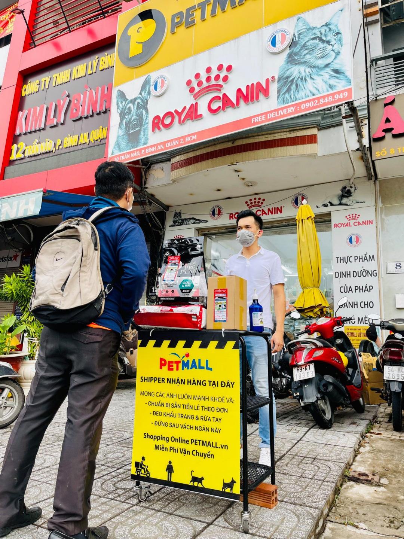 Hiệu ứng Covid-19 đưa Petmall.vn trở nên phổ biến với người nuôi thú cưng cùng dịch vụ freeship, giao nhanh trong 60 phút ở Sài Gòn - Ảnh 2.