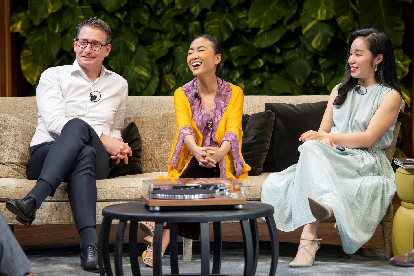 """Hà Anh Tuấn và Đoan Trang chia sẻ về cách """"sống vui khoẻ"""" trong The Master of Living Show - Ảnh 2."""