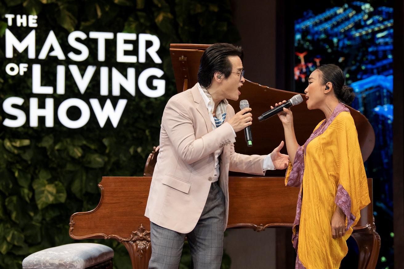 """Hà Anh Tuấn và Đoan Trang chia sẻ về cách """"sống vui khoẻ"""" trong The Master of Living Show - Ảnh 6."""