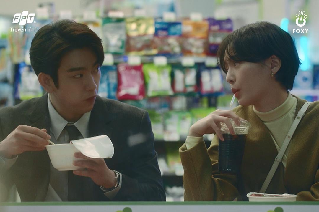 Mối tình friendzone Park Gyu Young - Park Jin Young ở Thẩm Phán Ác Ma: Điểm sáng hiếm hoi giữa một xã hội bức bối - Ảnh 1.