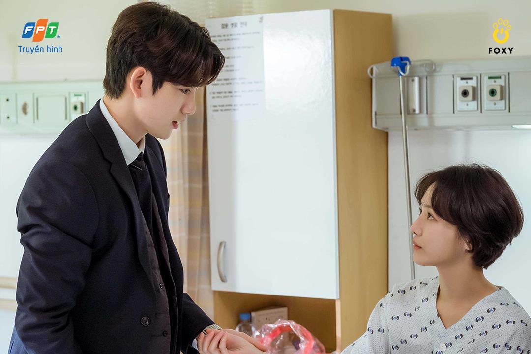 Mối tình friendzone Park Gyu Young - Park Jin Young ở Thẩm Phán Ác Ma: Điểm sáng hiếm hoi giữa một xã hội bức bối - Ảnh 4.