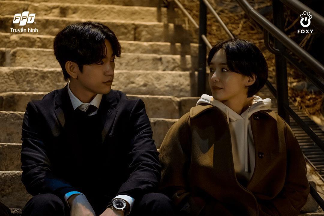 Mối tình friendzone Park Gyu Young - Park Jin Young ở Thẩm Phán Ác Ma: Điểm sáng hiếm hoi giữa một xã hội bức bối - Ảnh 5.