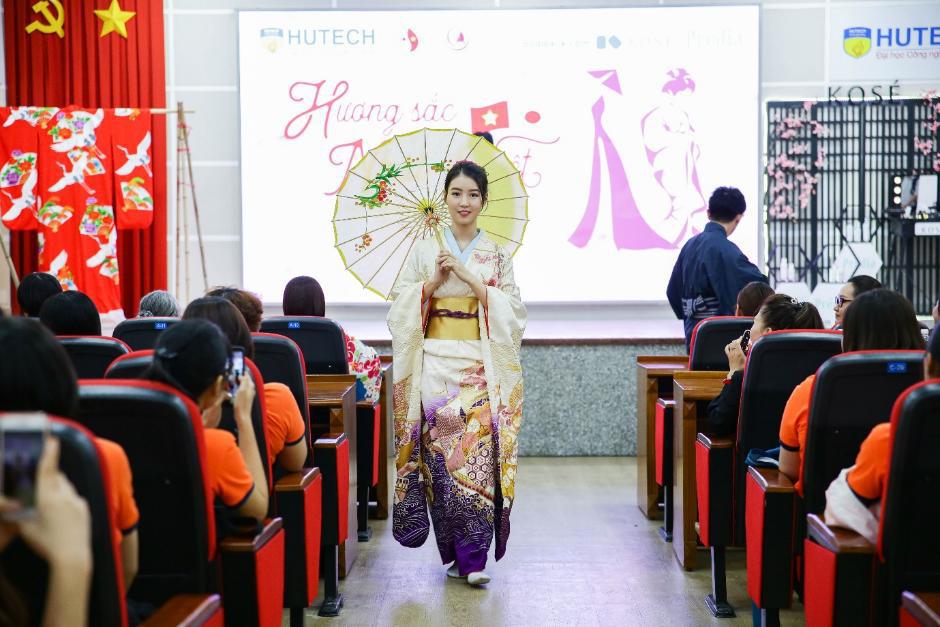 Sinh viên Ngôn ngữ Nhật HUTECH học tập hiệu quả nhờ trải nghiệm văn hóa Nhật - Ảnh 1.