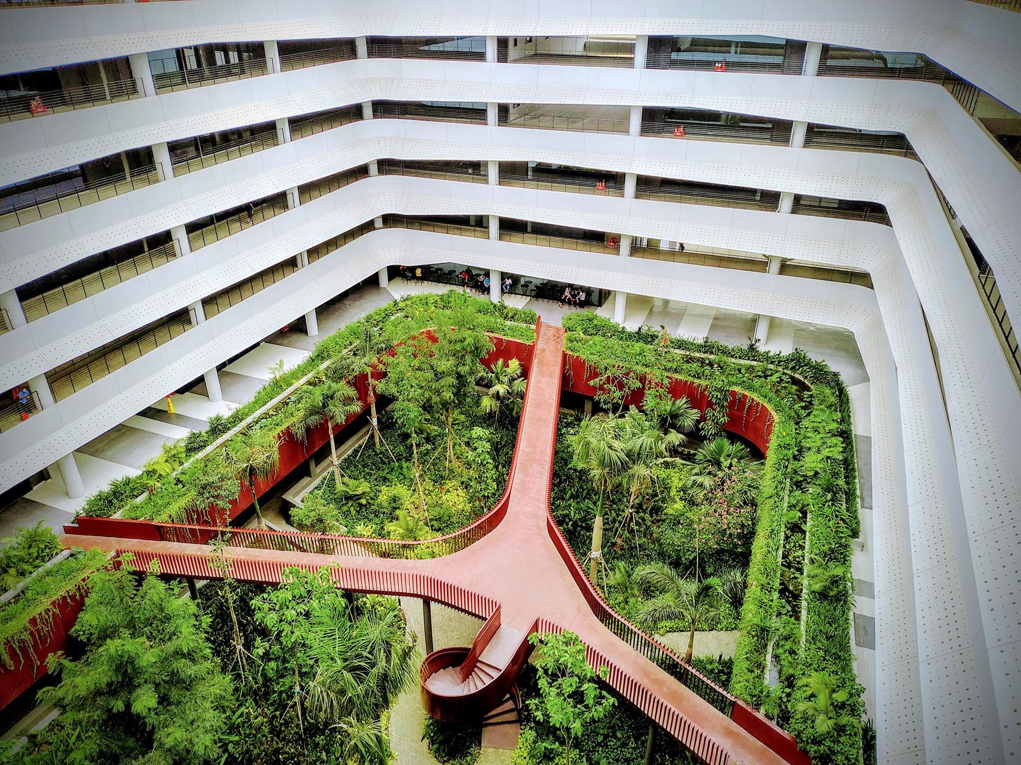 Trụ sở công ty công nghệ Việt lọt top công trình kiến trúc tiêu biểu - Ảnh 5.