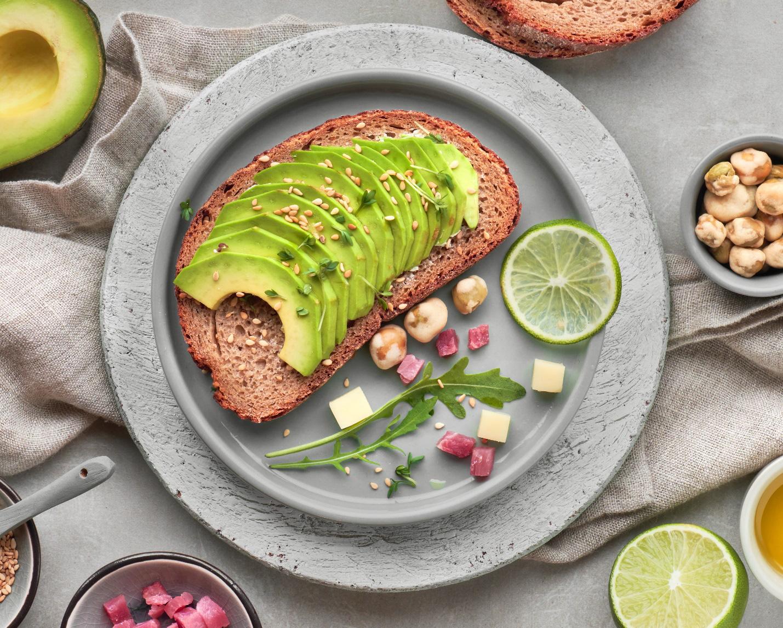 Tăng cường hệ miễn dịch với bánh mì hạt lúa mạch nảy mầm - Ảnh 2.