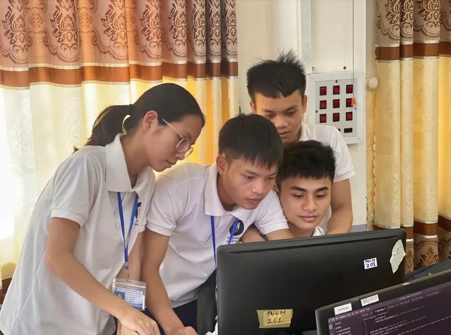"""Vượt qua nỗi lo đại dịch, cùng Acer """"Tập thể thao - Trao laptop"""" cho sinh viên có hoàn cảnh khó khăn - Ảnh 2."""