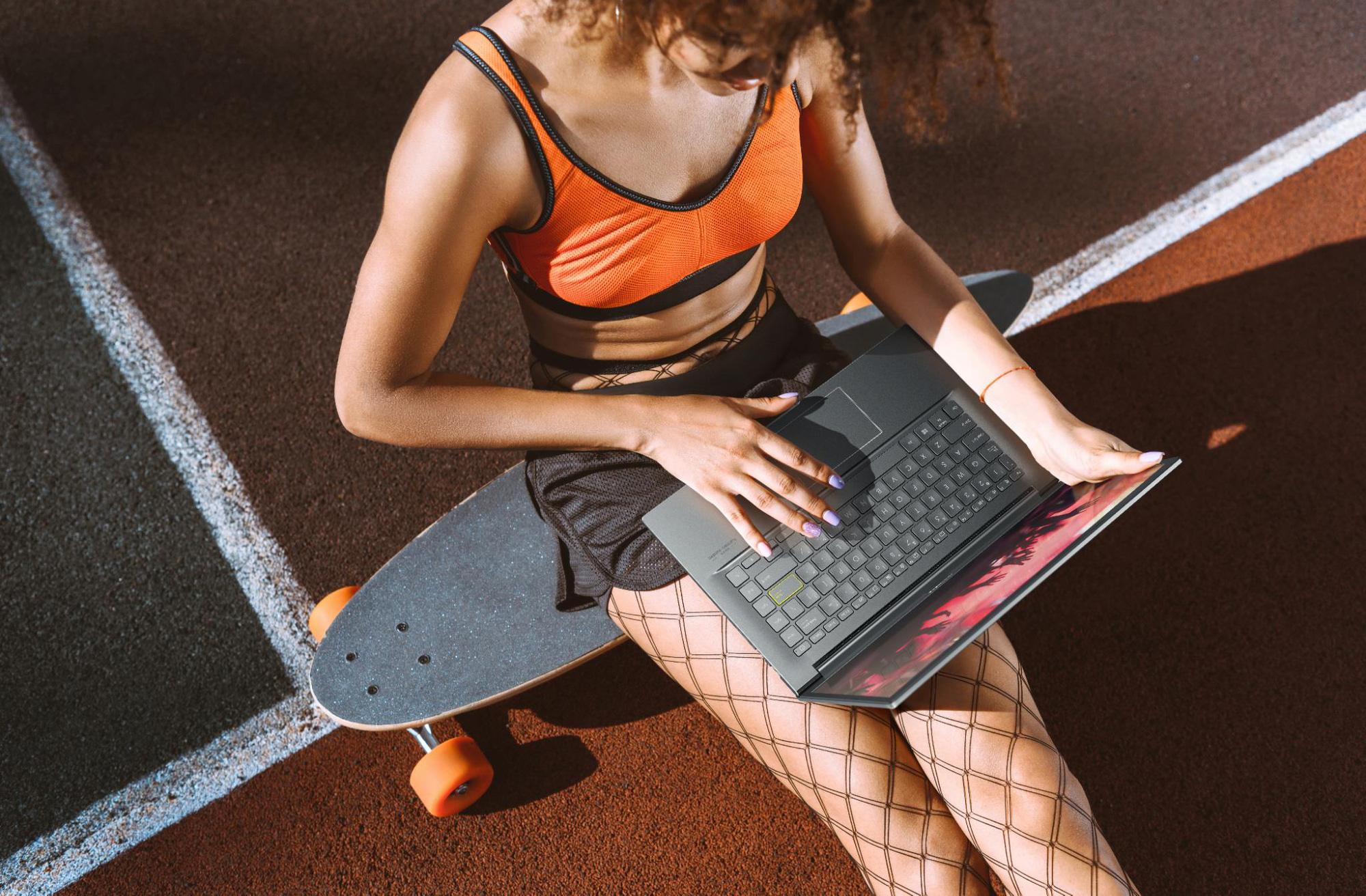ASUS VivoBook 15 OLED - Mẫu laptop hot hit mới cho Gen Z mùa tựu trường 2021 - Ảnh 3.