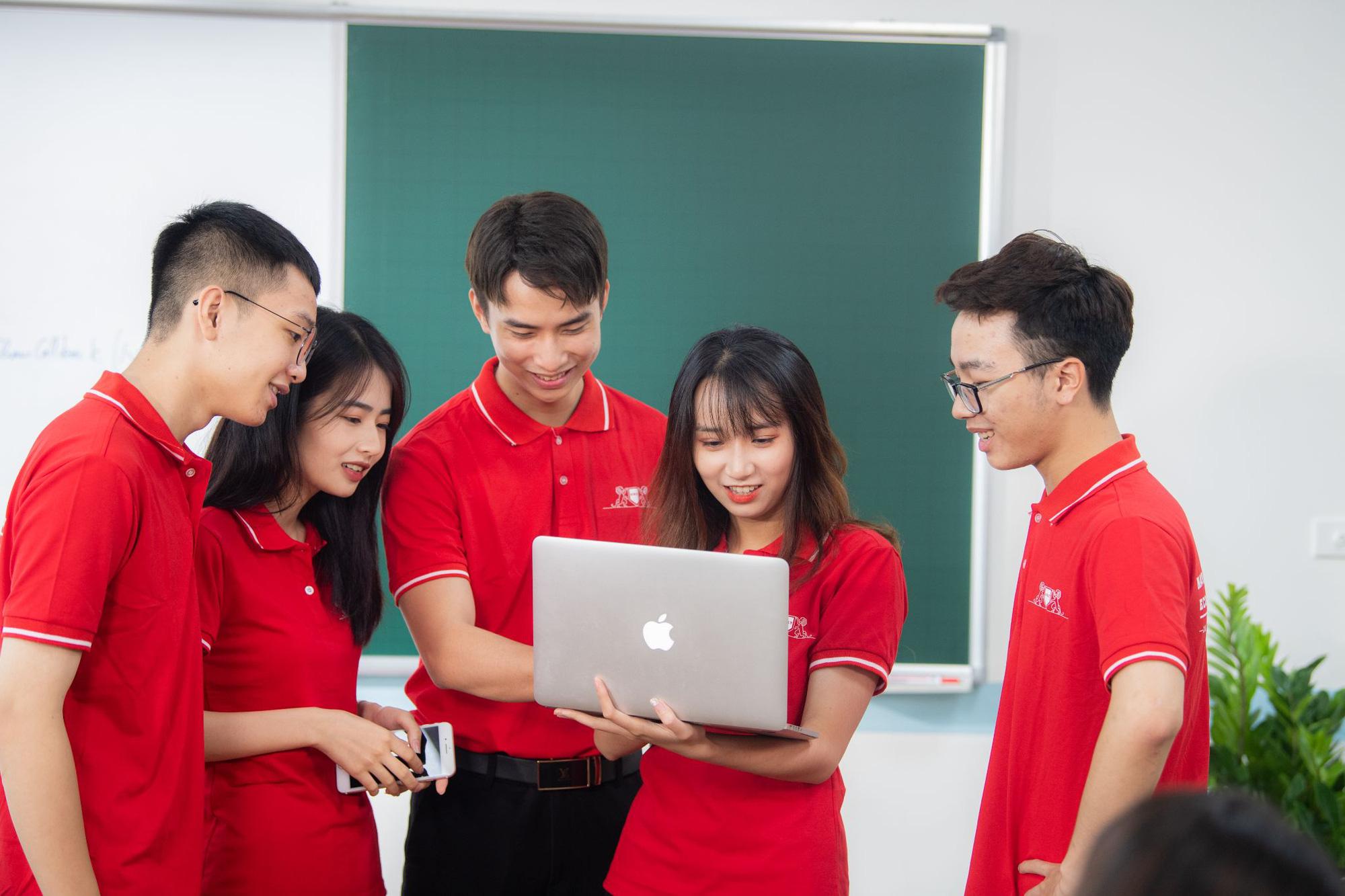 Chương trình học song bằng cao đẳng - đại học tại Cao đẳng Kinh tế - Kỹ thuật Hà Nội giúp học viên chủ động, linh hoạt trong việc học - Ảnh 2.