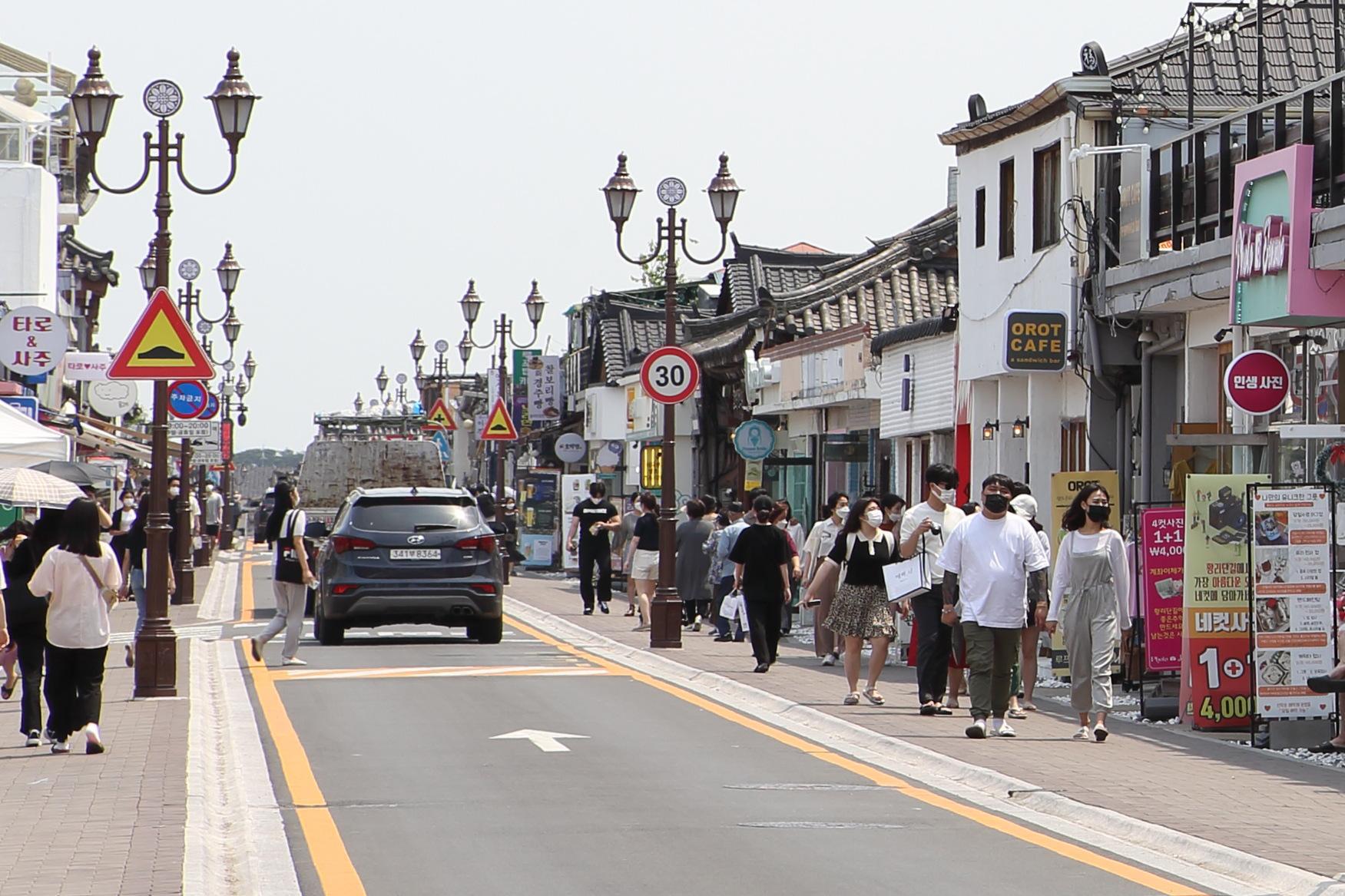 Cách người Gyeongbuk, Hàn Quốc biến nhà cổ Hanok thành những công trình thời thượng được cả Gen Z yêu thích - Ảnh 3.