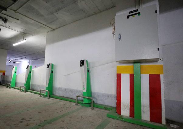 VinFast tung loạt chính sách đặc biệt hỗ trợ chung cư lắp đặt trạm sạc xe điện - Ảnh 1.