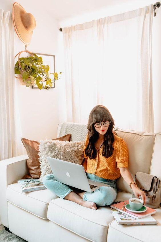 """Các cô nàng văn phòng """"gợi ý"""" bí quyết tận hưởng phút thư giãn giữa giờ """"work from home"""" - Ảnh 3."""