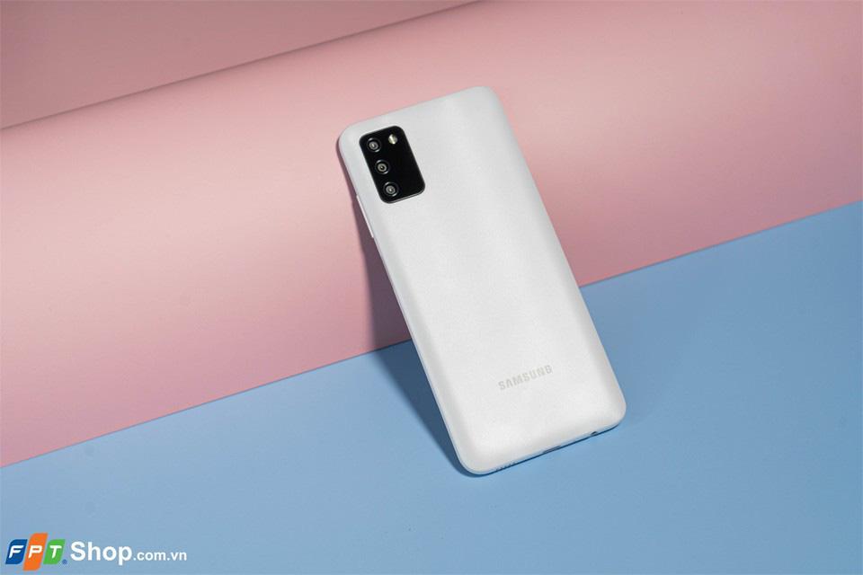 Galaxy A03s - Smartphone giá rẻ đáng sở hữu nhất tại FPT Shop - Ảnh 1.