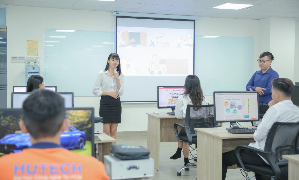 Ngành Logistics & quản lý chuỗi cung ứng HUTECH: Sức hút từ môi trường đào tạo hiện đại - Ảnh 3.
