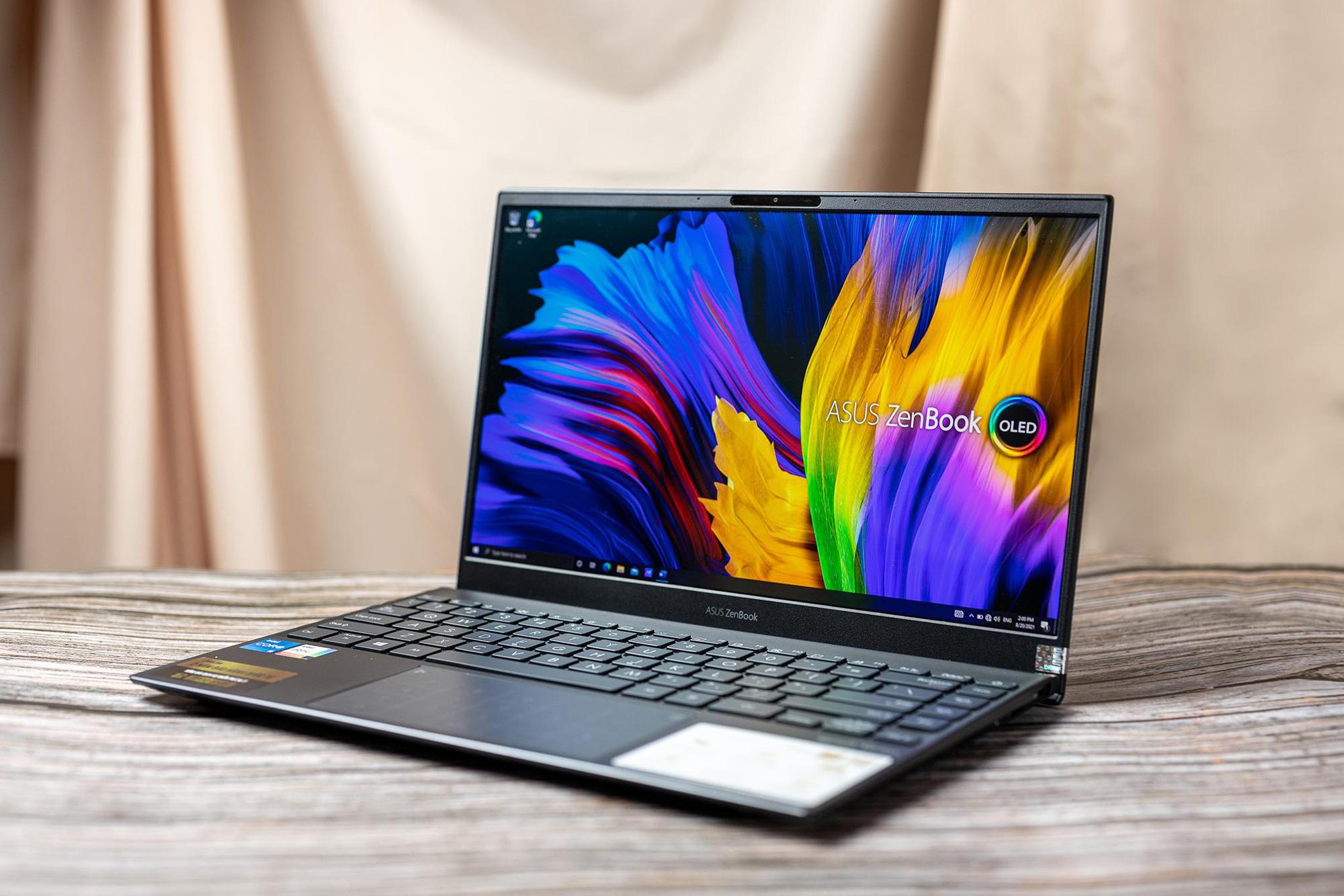 Gợi ý mẫu laptop cuối 2021: Ưu tiên màn hình OLED và tính đa năng - Ảnh 2.
