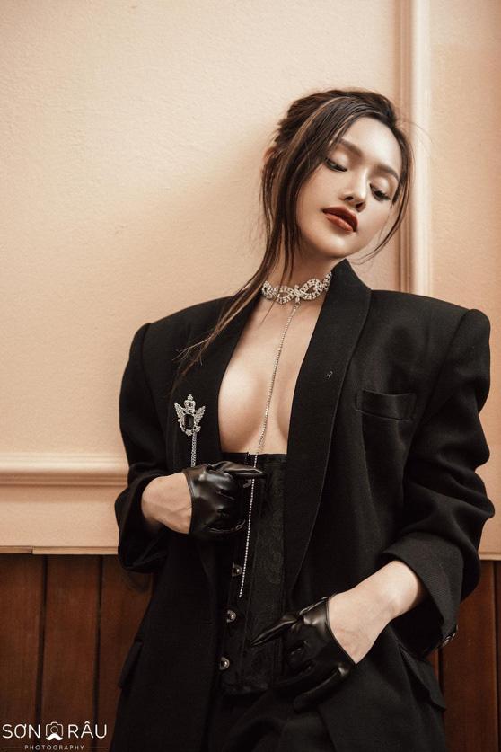 Ceisa Vu - Hot girl 2k sở hữu thương hiệu hoa có tiếng Sài thành từ tuổi 19 - Ảnh 3.