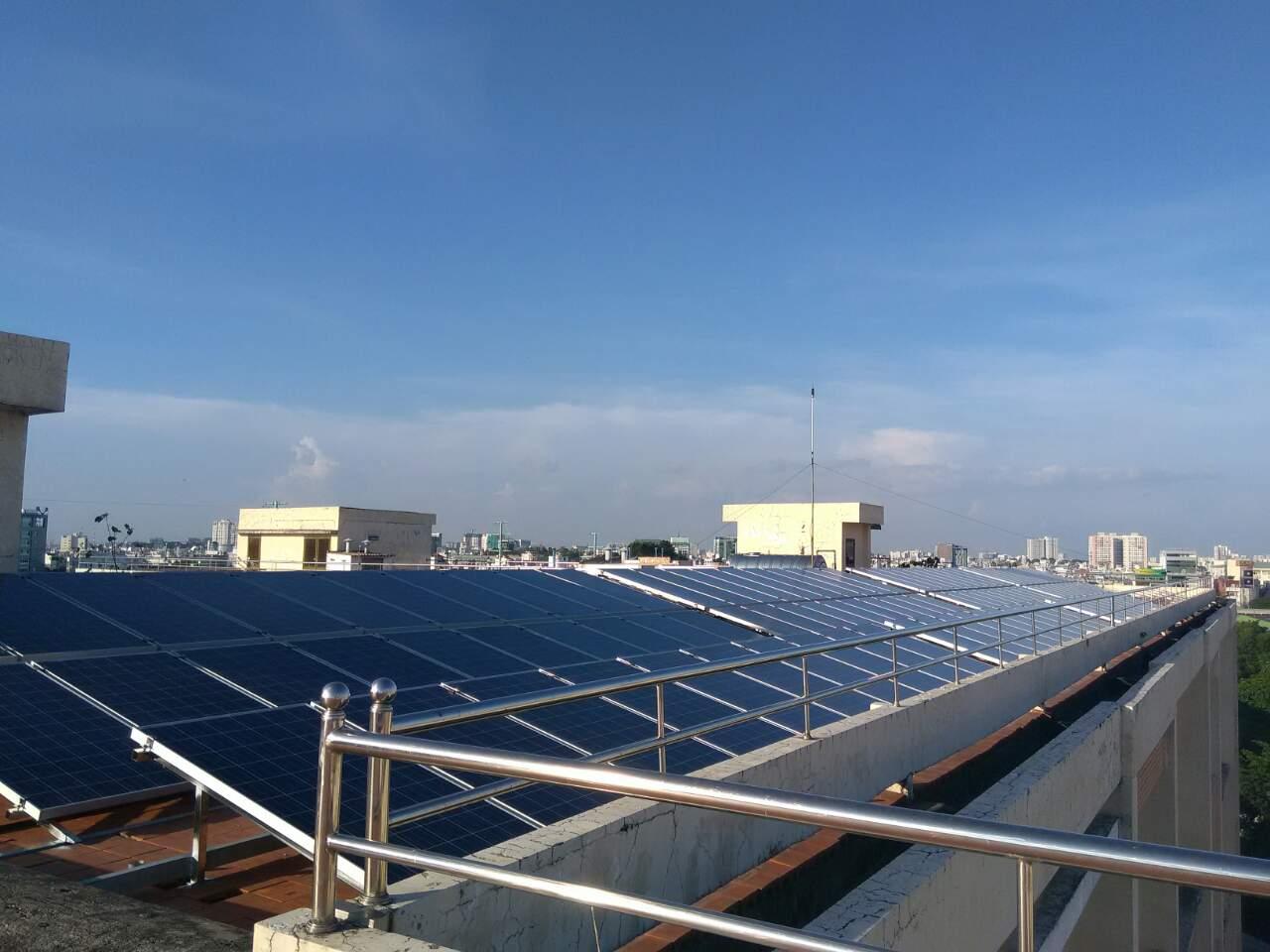 Làm gì để trụ vững trong nghề kỹ sư bán hàng ngành năng lượng mặt trời?