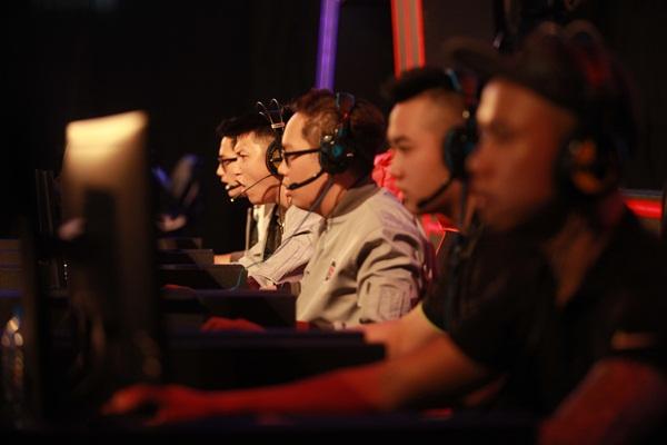 649.Gaming đã thi đấu ngang ngửa FPS Gaming và thiếu chút may mắn
