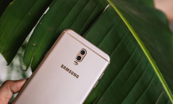 Những đòn đánh liên tiếp của Samsung trên thị trường tầm trung - Ảnh 8.