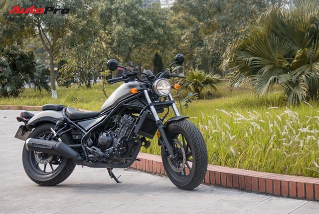 Đánh giá Honda Rebel 300: Xe côn tay đa dụng cho nam giới - Ảnh 4.