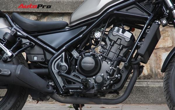 Đánh giá Honda Rebel 300: Xe côn tay đa dụng cho nam giới - Ảnh 6.