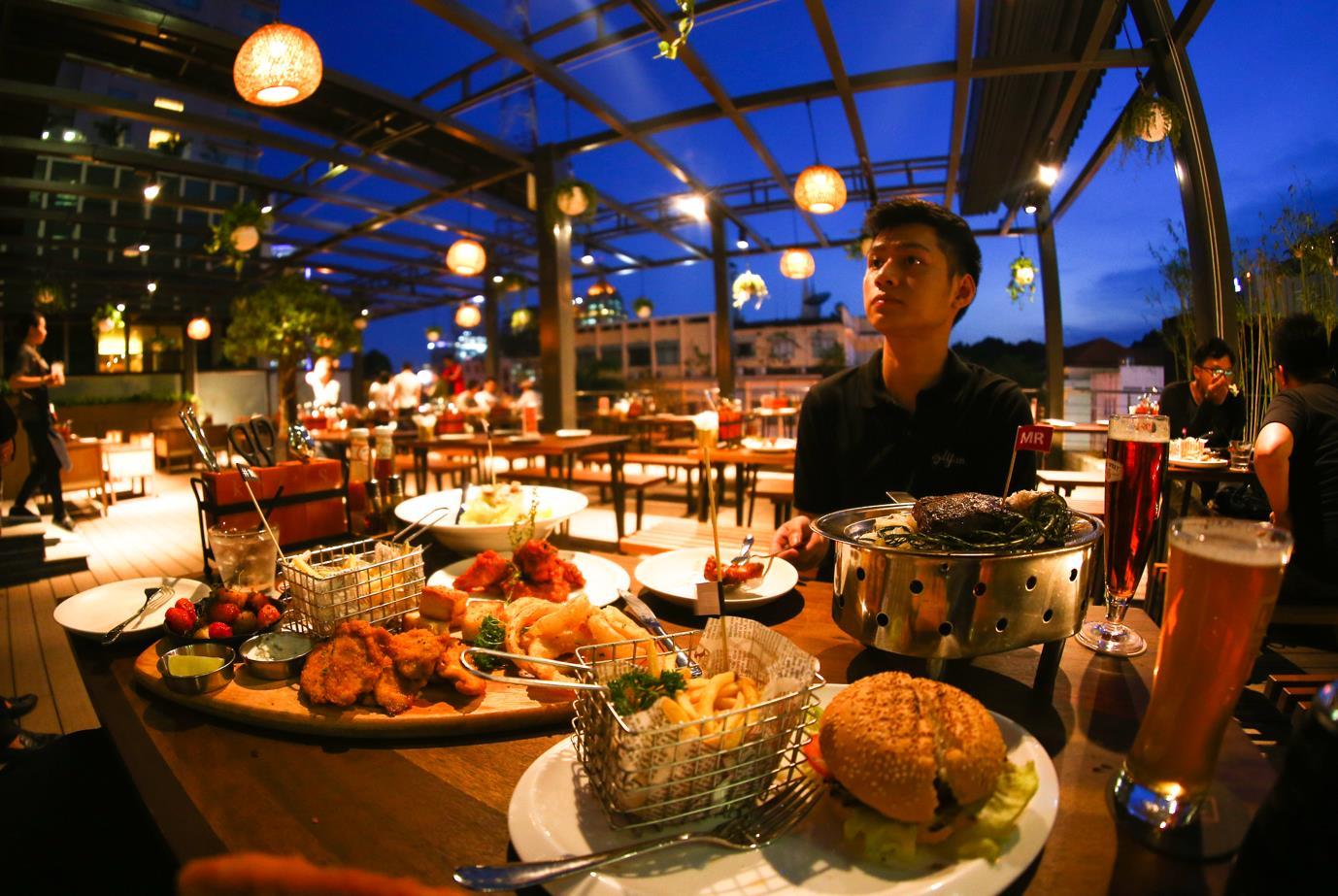 The Rooftop BBQ – Hương vị Âu Mỹ hoàn hảo gữa lòng Sài Gòn