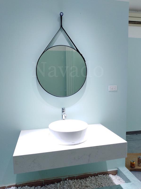 Các mẫu gương phòng tắm nghệ thuật độc đáo nhất hiện nay - Ảnh 8.