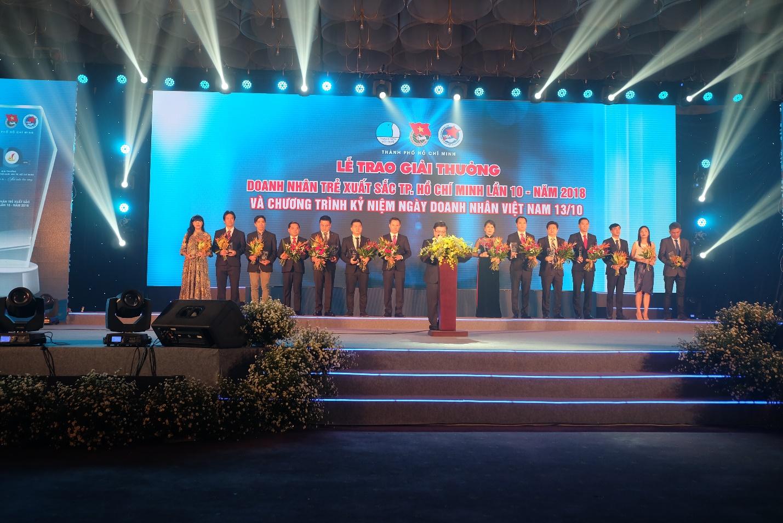 """Giải thưởng """"Doanh nhân trẻ xuất sắc TP.HCM"""" - Bệ phóng cho sự phát triển bền vững của doanh nghiệp"""