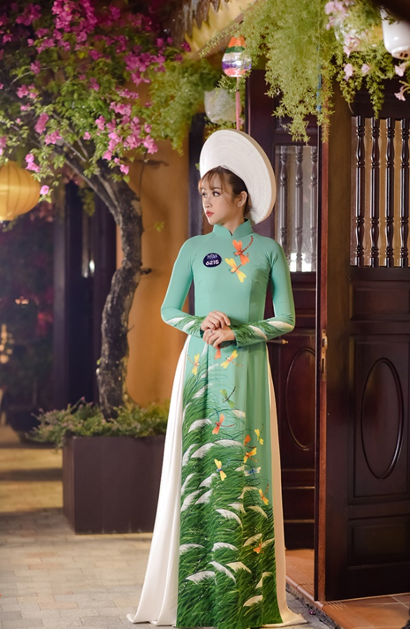 Cùng ngắm lại Top 10 mỹ nhân áo dài của Võ Lâm Truyền Kỳ Mobile - Ảnh 2.