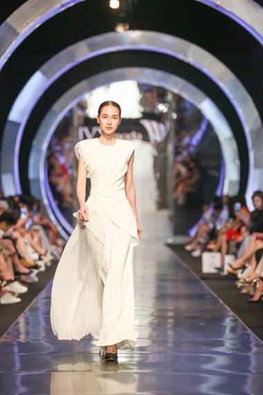 Luôn đi đầu các trào lưu xu hướng, IVY moda tấn công thị trường quốc tế trong thời gian gần - Ảnh 1.