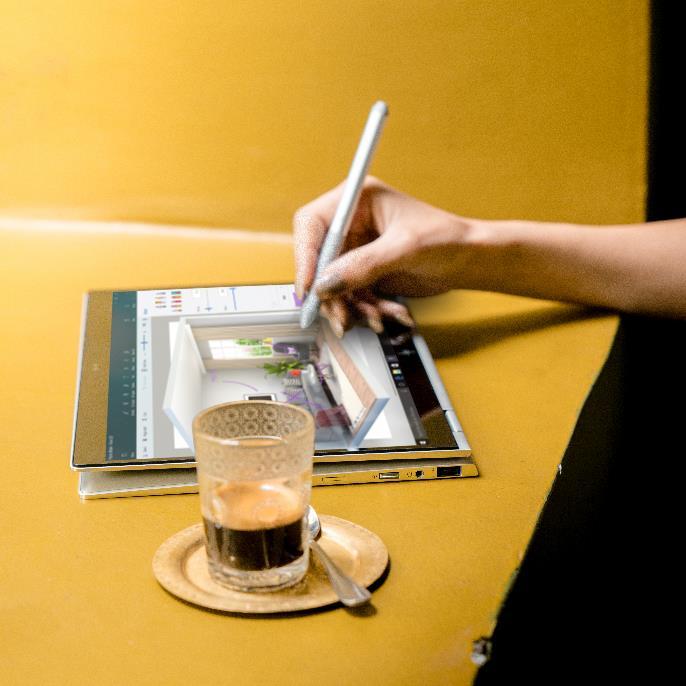 - img20181031105652469 - Laptop là một vật bất ly thân của doanh nhân, những người có công việc đòi hỏi thường xuyên phải di chuyển nhiều