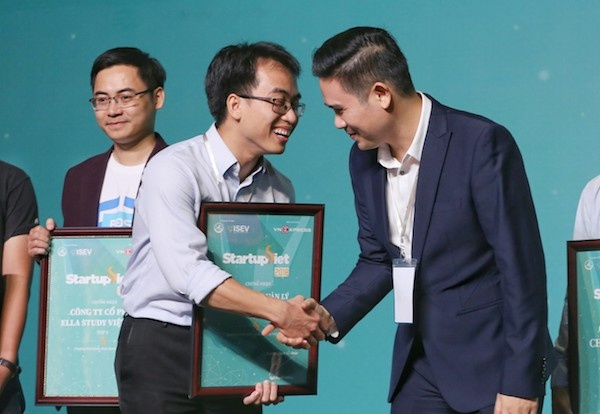 Startup Datamart nhận gói đầu tư 5 tỷ từ Chủ tịch Asanzo Phạm Văn Tam - Ảnh 2.