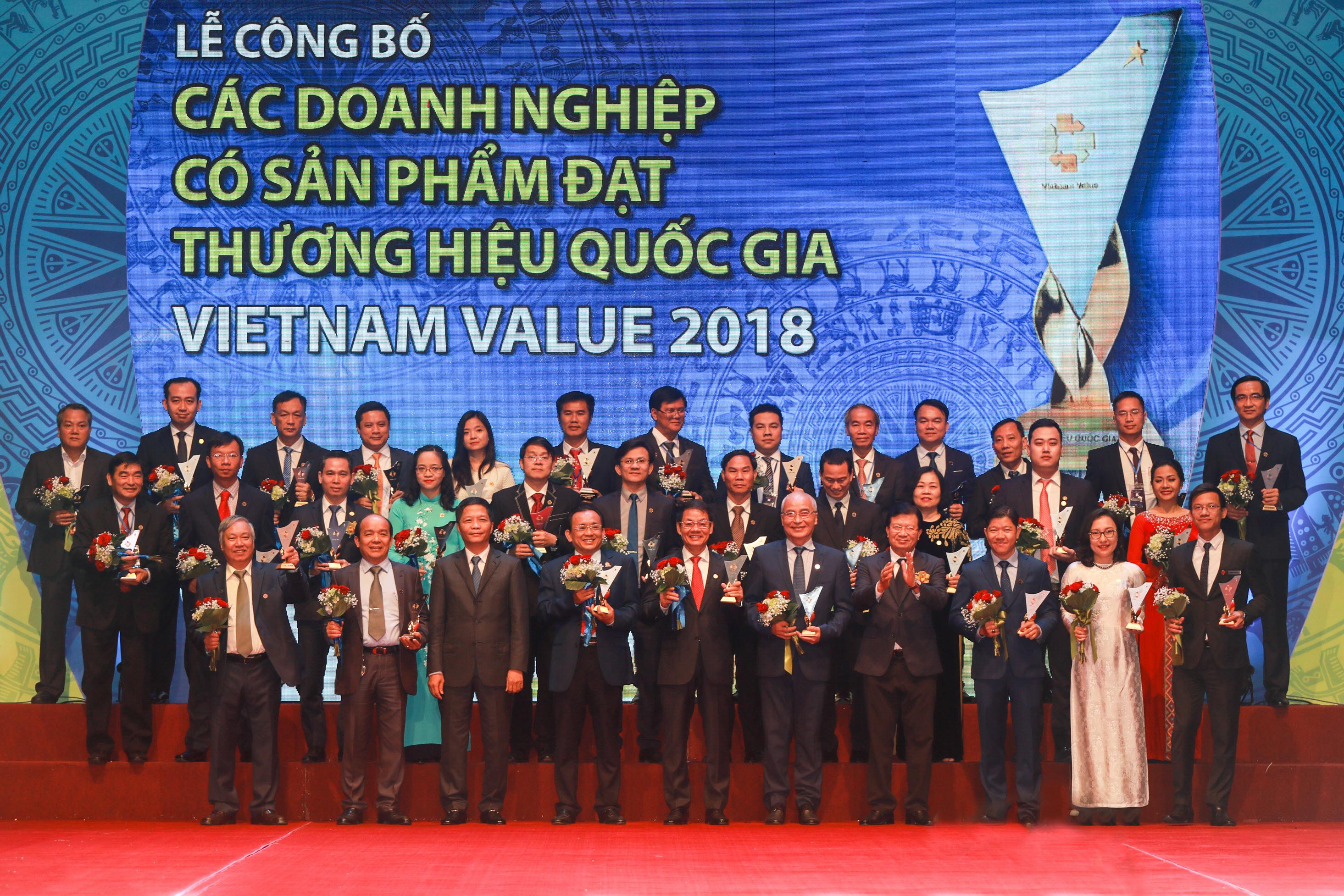 Ống nhựa dekko - img20181221172238921 - Ống nhựa DEKKO vinh dự đón nhận giải thưởng Thương hiệu quốc gia 2018