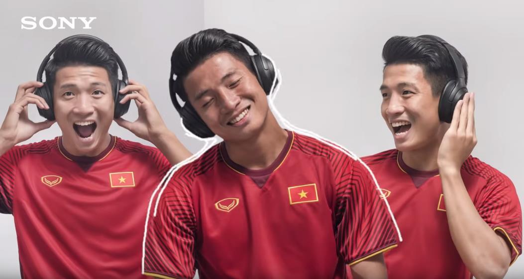 sony - img20190122113942188 - Sony mang thế giới giải trí đến Đội tuyển Bóng đá Quốc gia Việt Nam cùng đón Xuân Kỷ Hợi
