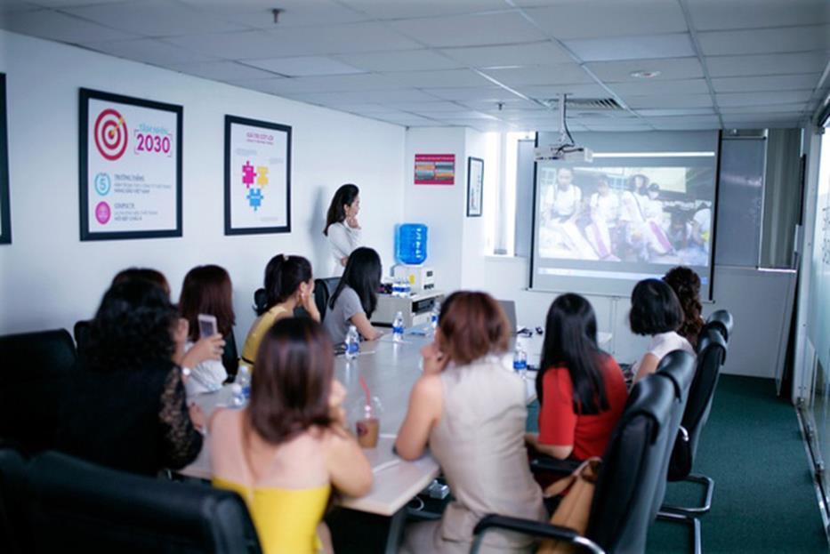thương hiệu thời trang việt - img20190325145424875 - Thương hiệu thời trang Việt nâng tầm quốc tế ngoạn mục khi kết hợp cùng các ông lớn đẳng cấp thế giới