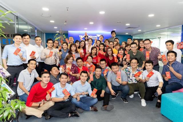 thương hiệu thời trang việt - img20190325145425262 - Thương hiệu thời trang Việt nâng tầm quốc tế ngoạn mục khi kết hợp cùng các ông lớn đẳng cấp thế giới