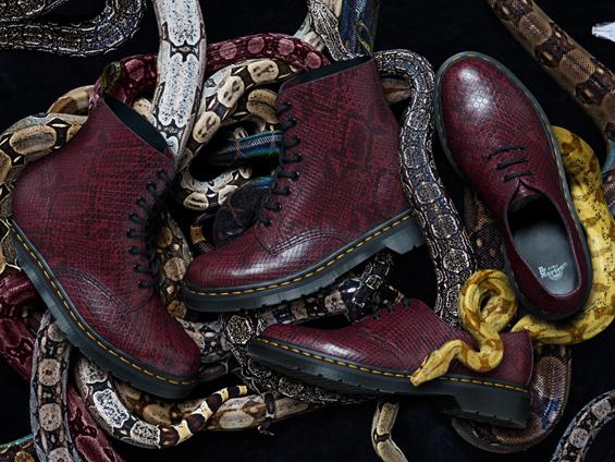Điểm danh các mẫu giày độc nhất của Dr. Martens khiến giới mê giày phát cuồng - Ảnh 3.