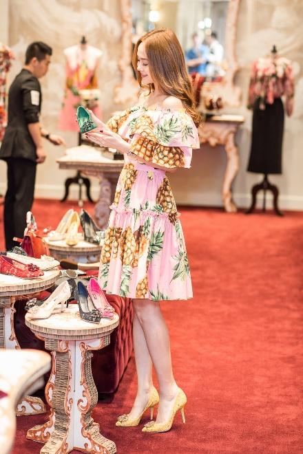 Minh Hằng chi mạnh tay shopping tại Dolce & Gabbana cho sự trở lại sau scandal - Ảnh 4.