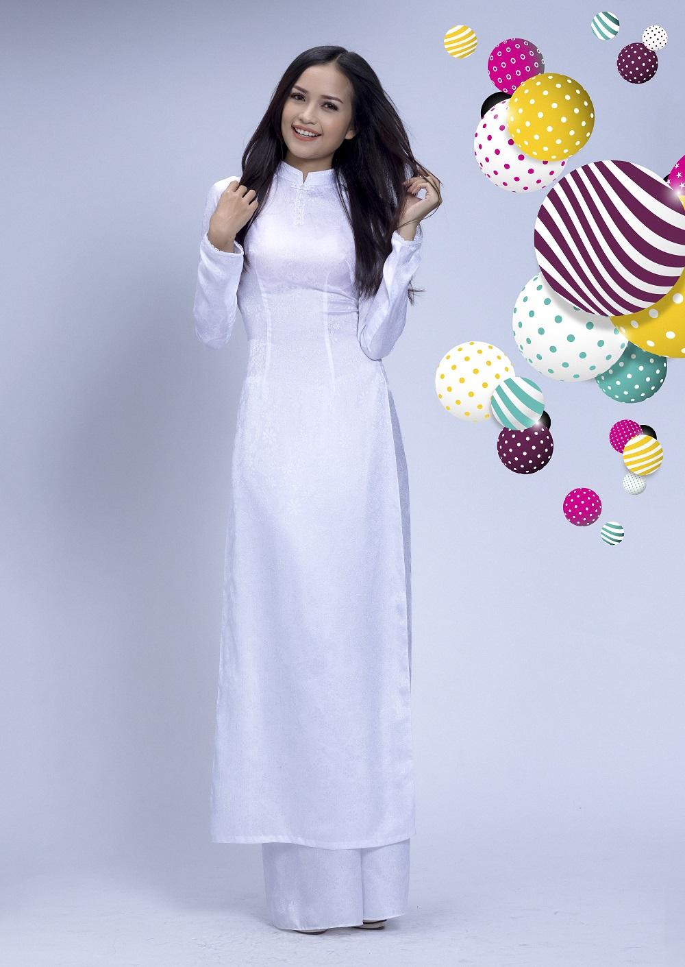 Đẹp tinh khôi với áo dài trắng lấy cảm hứng từ hội họa - Ảnh 5.