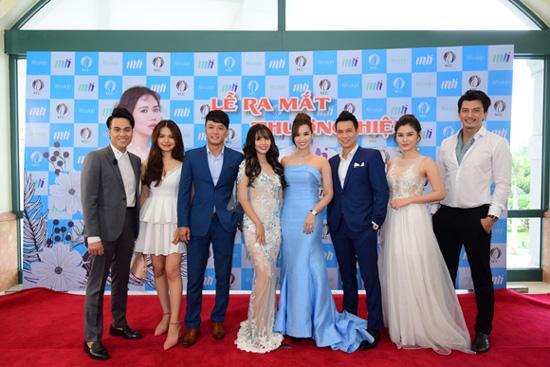 Anh em Phan Thành, Phan Hải diện vest hộ tống Lã Thanh Huyền dự sự kiện của Huyền Lizze - Ảnh 3.