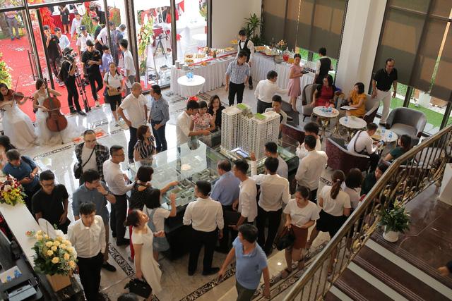 Phục Hưng Holdings - 17 năm vì chất lượng sống mới, đang dần gặt hái thành quả - Ảnh 1.