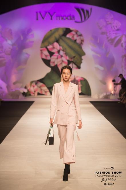 Điểm danh 6 xu hướng thời trang sẽ lên ngôi trong mùa Thu – Đông 2017 - Ảnh 13.