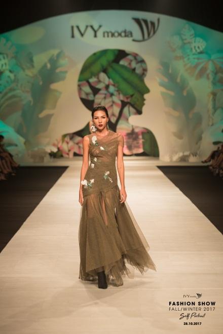 Điểm danh 6 xu hướng thời trang sẽ lên ngôi trong mùa Thu – Đông 2017 - Ảnh 19.