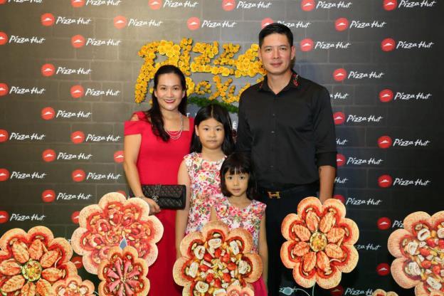Bánh pizza hình hoa có gì lạ mà khiến sao Việt phát cuồng thế này! - Ảnh 5.