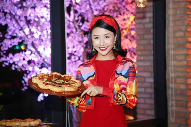 Bánh pizza hình hoa có gì lạ mà khiến sao Việt phát cuồng thế này! - Ảnh 11.