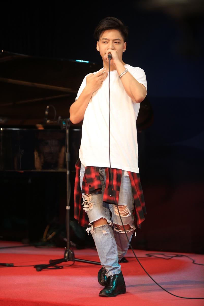 Thu Minh xuất hiện đầy cá tính trong vai trò giám khảo chương trình tìm kiếm tài năng âm nhạc mới - Ảnh 9.