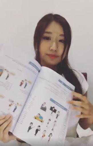Top 7 cuốn sách học tiếng Hàn được hot girl Jin Ju review - Ảnh 3.
