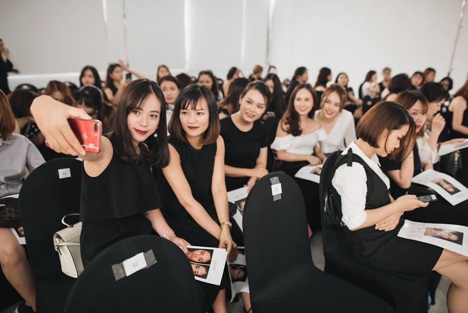 Điều gì xảy ra khi phù thủy make-up Việt kết hợp với thương hiệu mỹ phẩm lớn? - Ảnh 8.